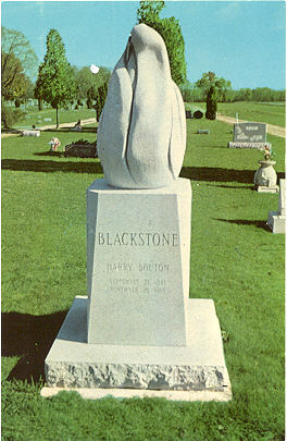http://www.magicana.com/exhibitions/foy/images/Blackstone-Harry-tombstone.jpg